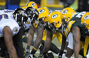 The Green Bay Packers take on the Baltimore Ravens today. Below are the  predictions of 96086db5d