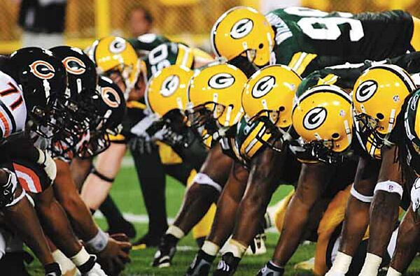 The Green Bay Packers and Chicago Bears will meet for the 187th time Monday  Night. 4727c7d45