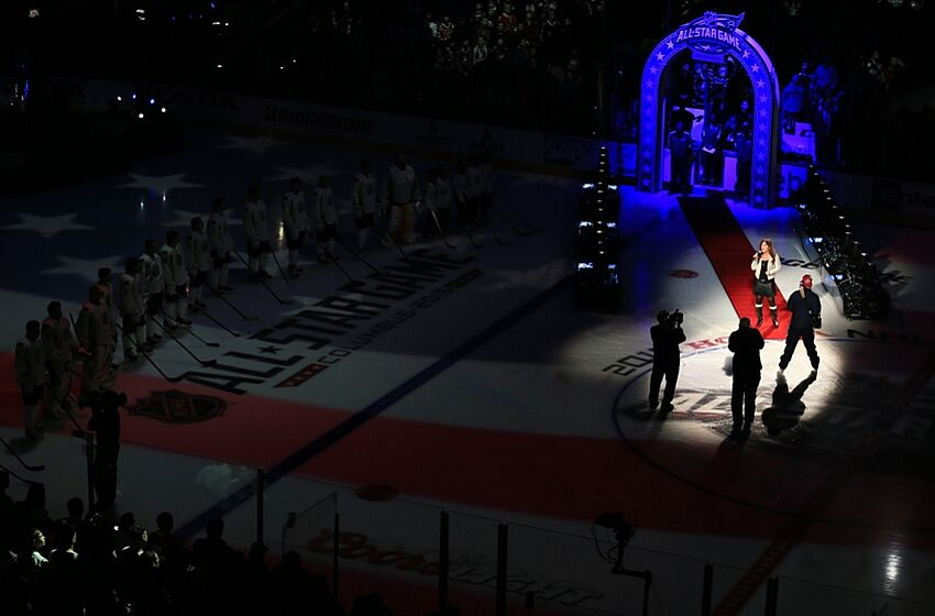 Jan 25, 2015; Columbus, OH, USA; Jo Dee Messina sings the national anthem prior to the 2015 NHL All Star Game at Nationwide Arena. Mandatory Credit: Andrew Weber-USA TODAY Sports