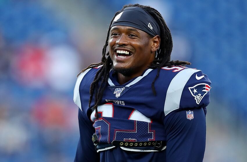FOXBOROUGH, MASSACHUSETTS - AUGUST 29: Dont'a Hightower #54 of the New England Patriots laughs before the preseason game between the New York Giants and the New England Patriots at Gillette Stadium on August 29, 2019 in Foxborough, Massachusetts. (Photo by Maddie Meyer/Getty Images)