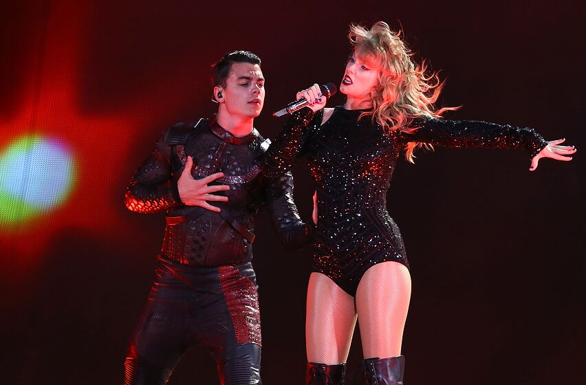 Taylor Swift reputation Stadium Tour is now streaming on Netflix