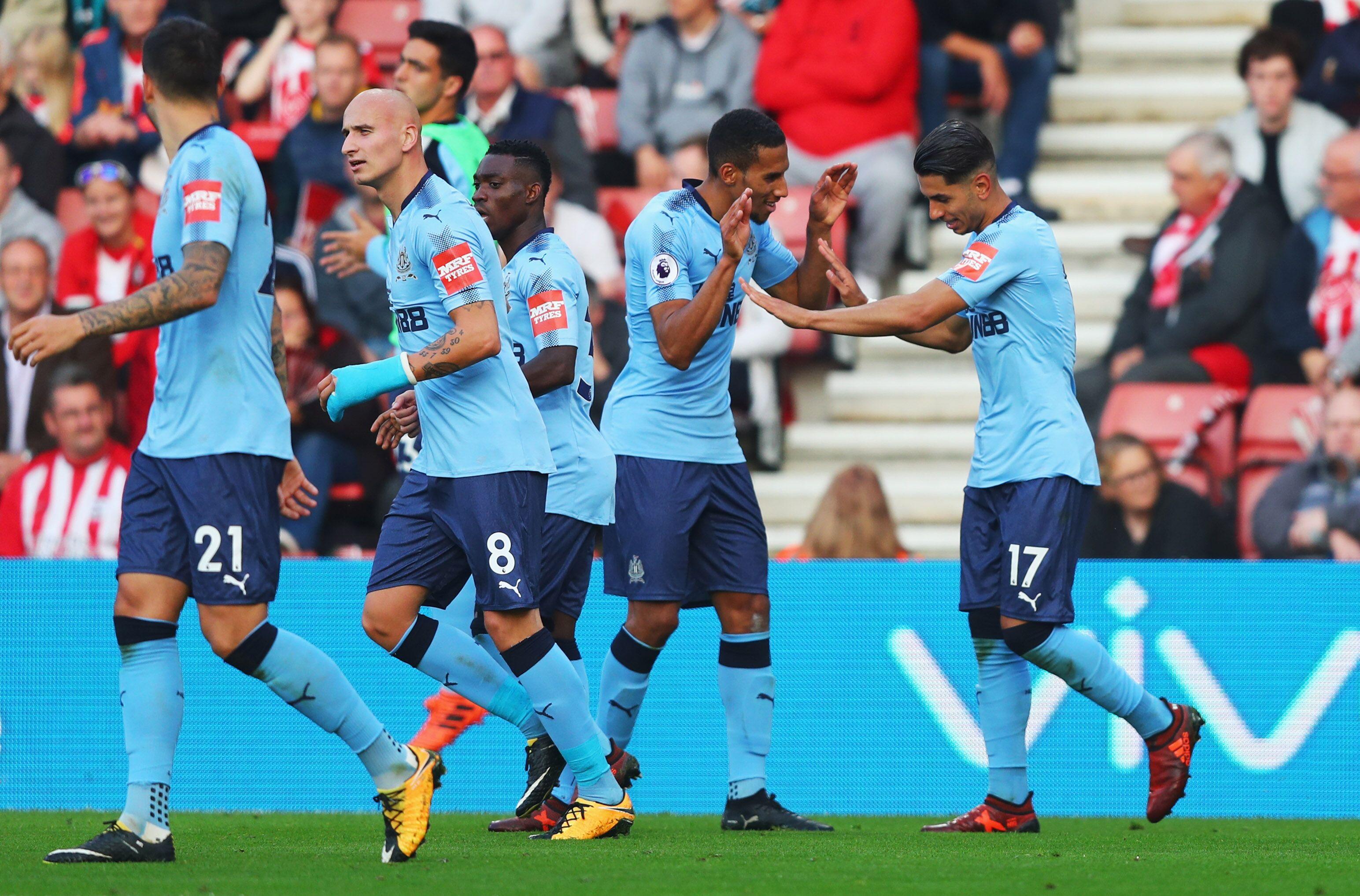 Southampton England October 15 Ayoze Perez Of Newcastle United 17 Celebrates