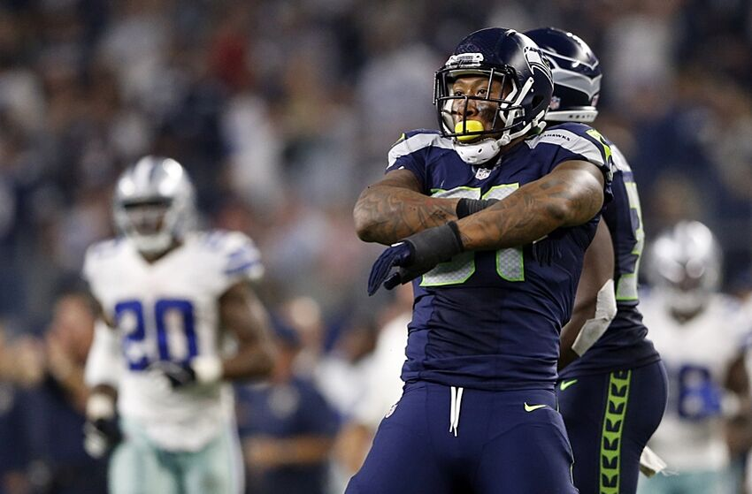 irvin bruce seahawks cowboys dallas seattle arlington nfl usa reacts sack linebacker nov tx outside making during jairaj mandatory fourth