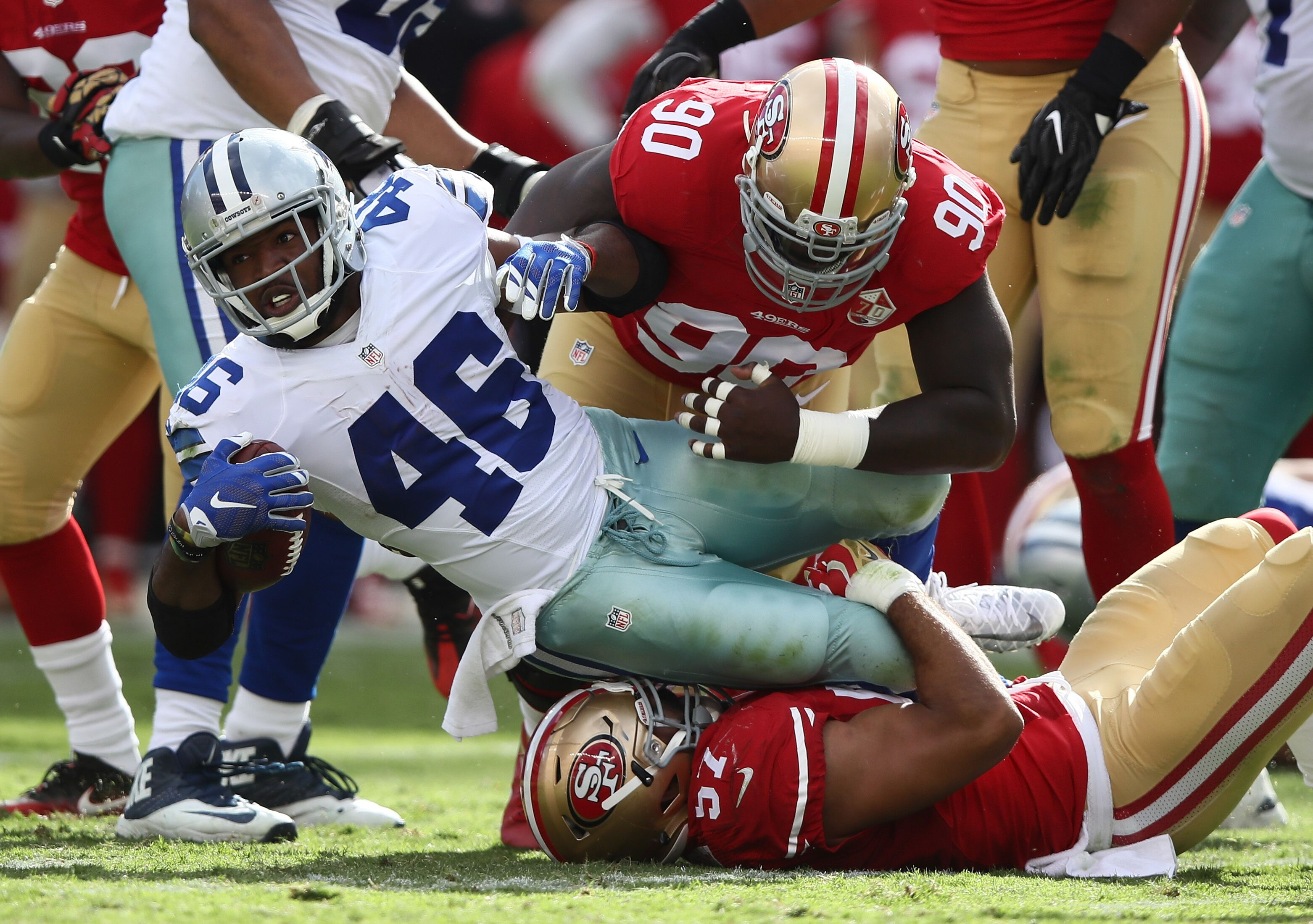San Francisco 49ers: Reevaluating running back position after Alfred Morris signing