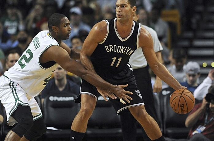 new concept 8dfcb b827e Brooklyn Nets: Brook Lopez Struggling to Fit Into New System