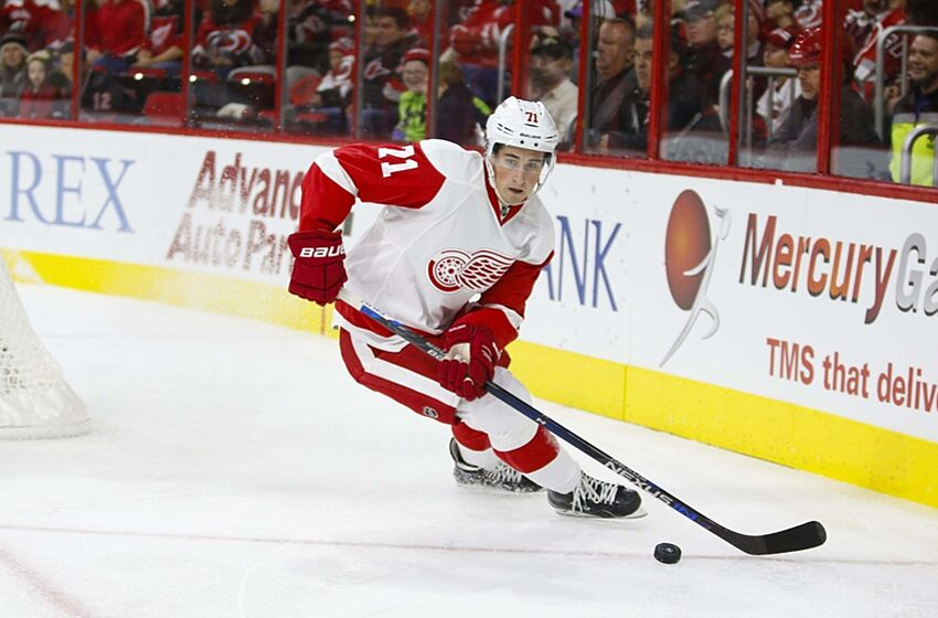 116908a1aee Detroit Red Wings  Dylan Larkin Outshines His Fellow Rookies