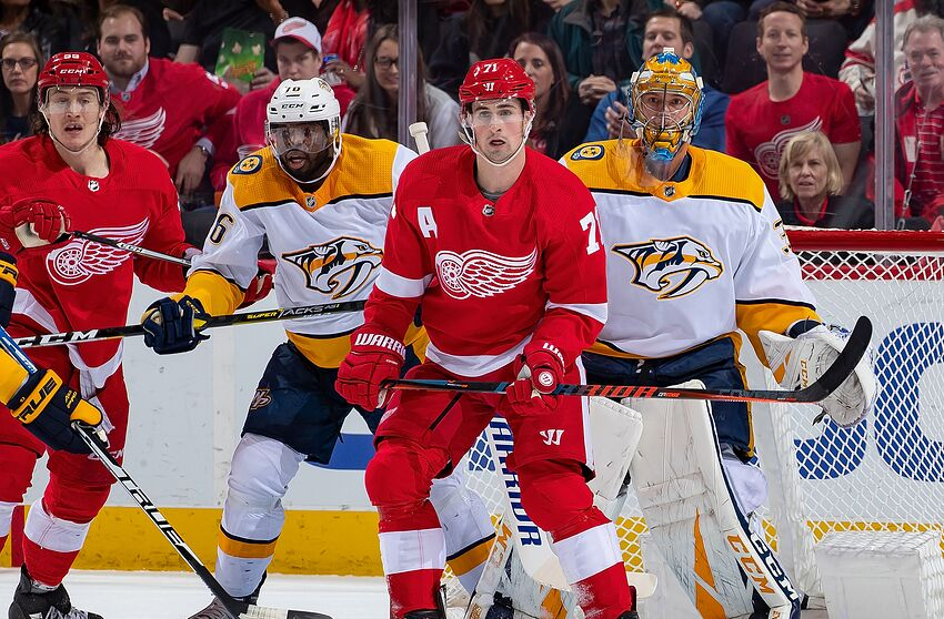 652ccb60bb9 Detroit Red Wings look to be the hunter rather than the hunted in ...