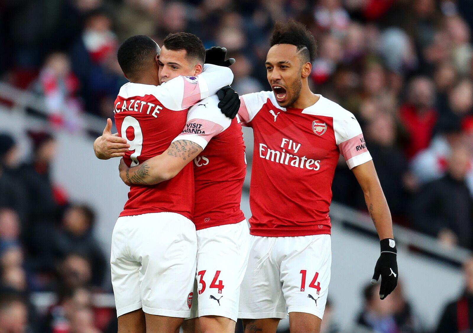 Arsenal - Newcastle: Top 3 vẫy gọi