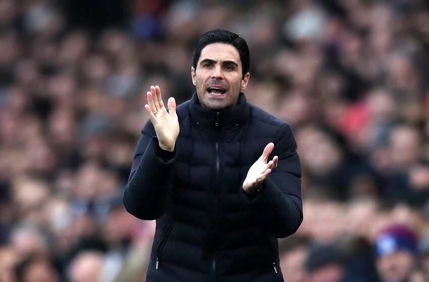 LONDON, ENGLAND - JANUARY 11: Mikel Arteta, Manager of Arsenal reacts during the Premier League match between Crystal Palace and Arsenal FC at Selhurst Park on January 11, 2020 in London, United Kingdom. (Photo by Alex Pantling/Getty Images)