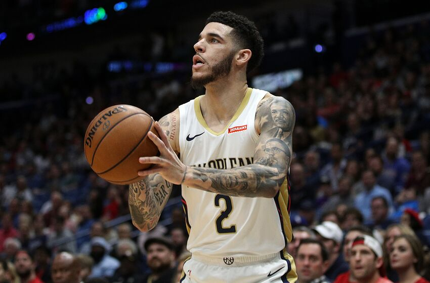 NEW ORLEANS, LOUISIANA - DECEMBER 29: Lonzo Ball #2 of the New Orleans Pelicans shoots the ball against the Houston Rockets at Smoothie King Center on December 29, 2019 in New Orleans, Louisiana. NOTE TO USER: User expressly acknowledges and agrees that, by downloading and/or using this photograph, user is consenting to the terms and conditions of the Getty Images License Agreement. (Photo by Chris Graythen/Getty Images)