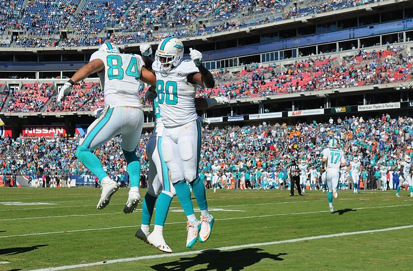 Dolphins tight ends underwhelm early