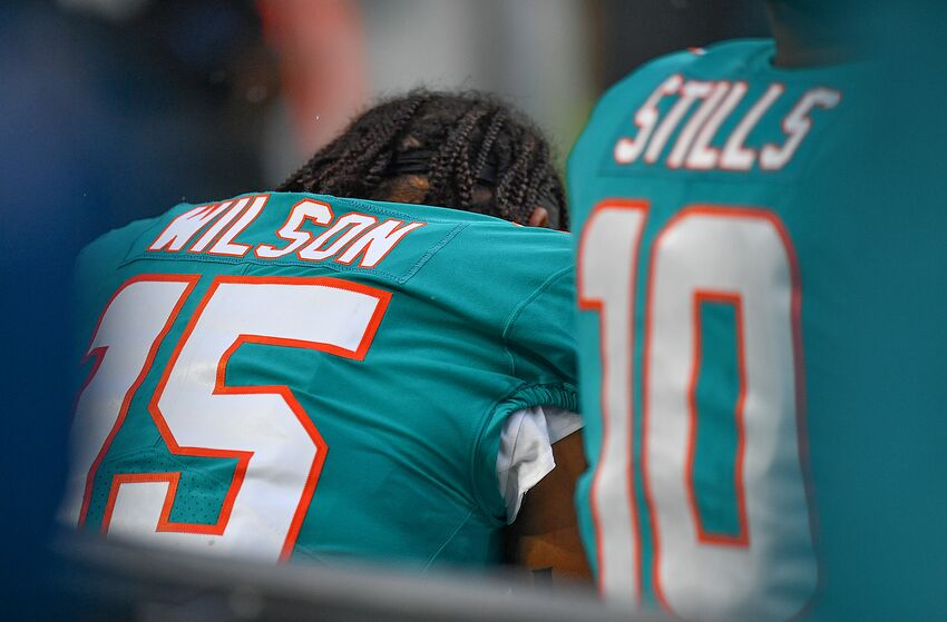 b18d8a99f1c4 Miami Dolphins starters look good against Ravens back-ups