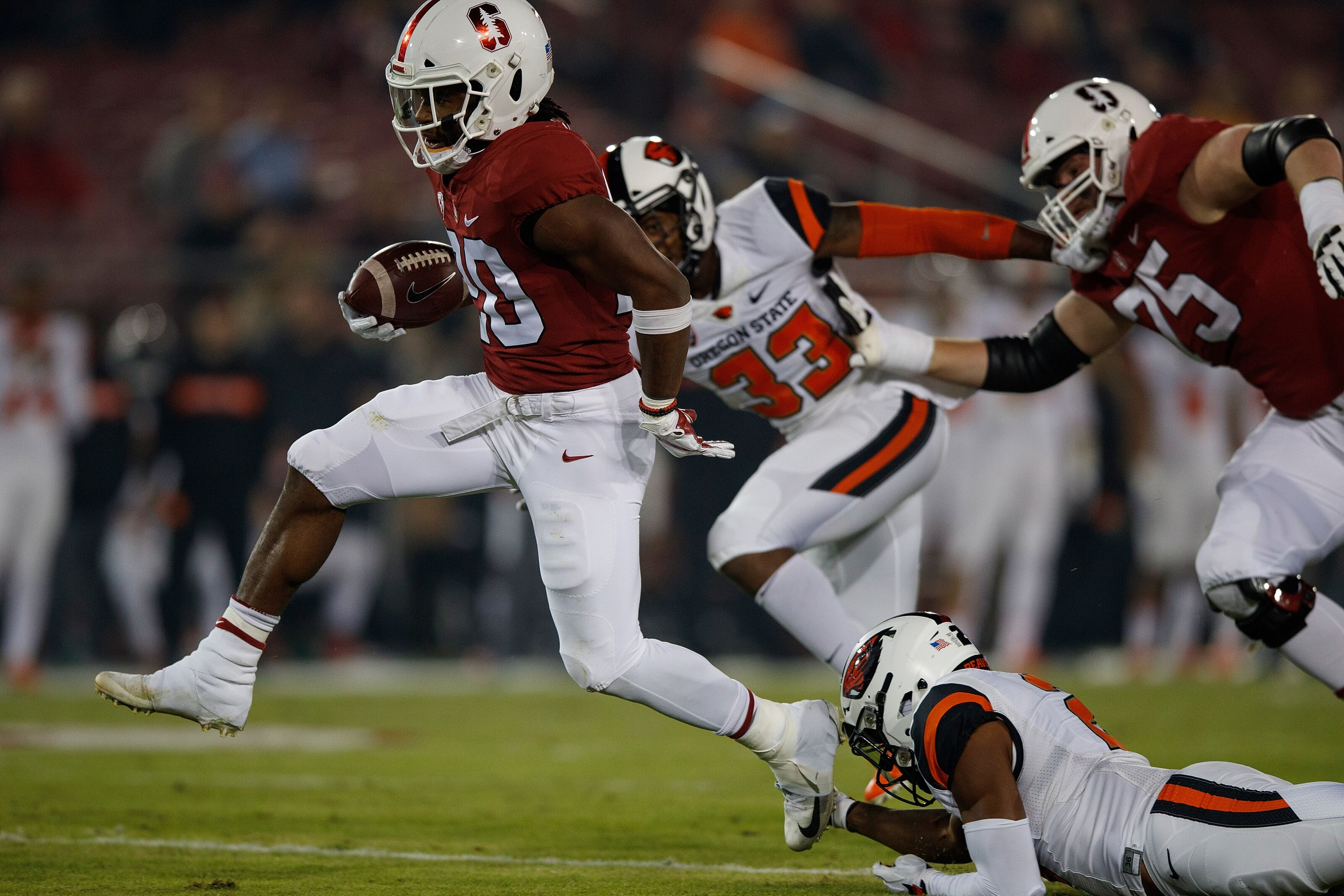Miami Dolphins select RB in one sites 2019 mock draft in round 2