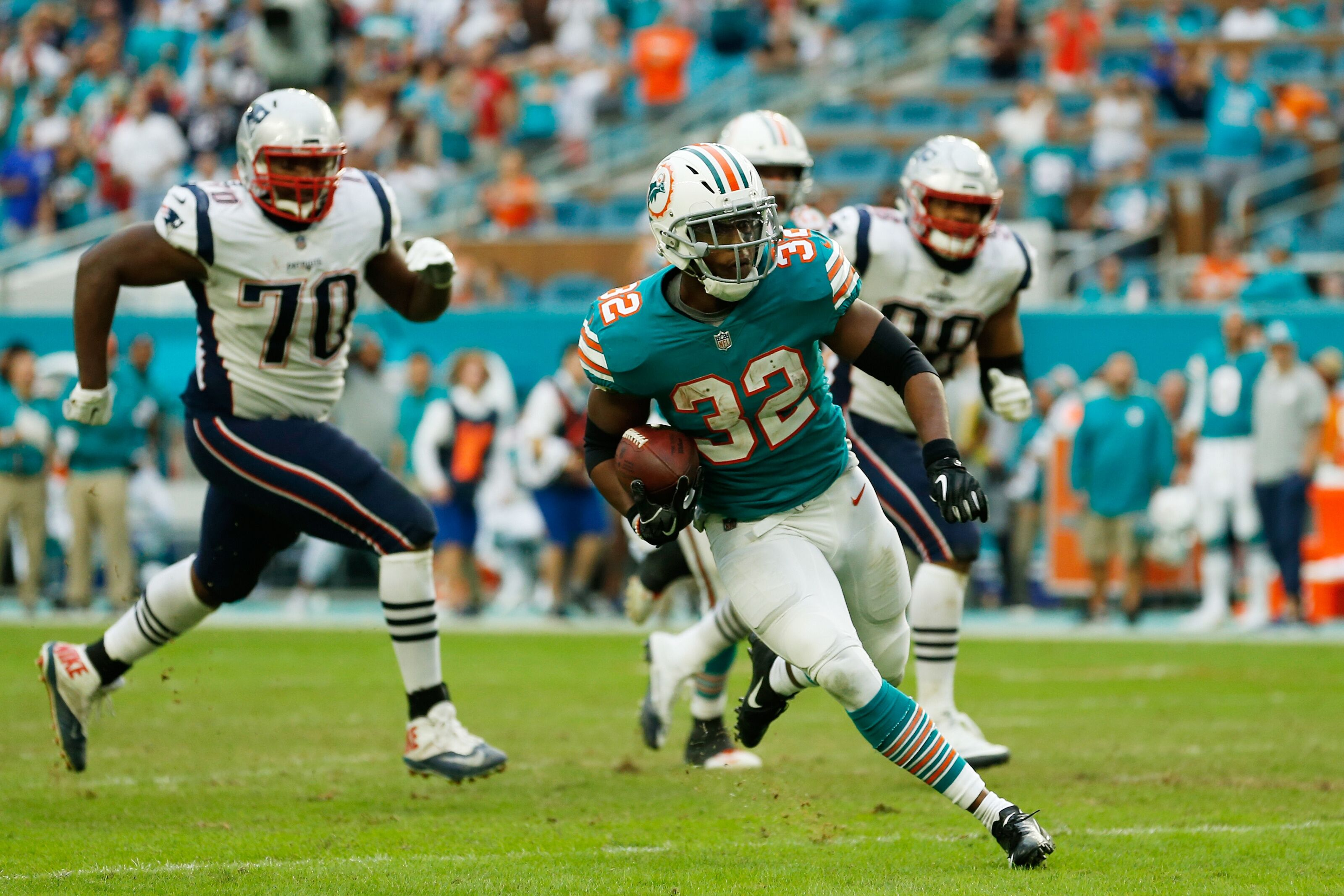 Donate and get a signed Kenyan Drake Miami Miracle picture