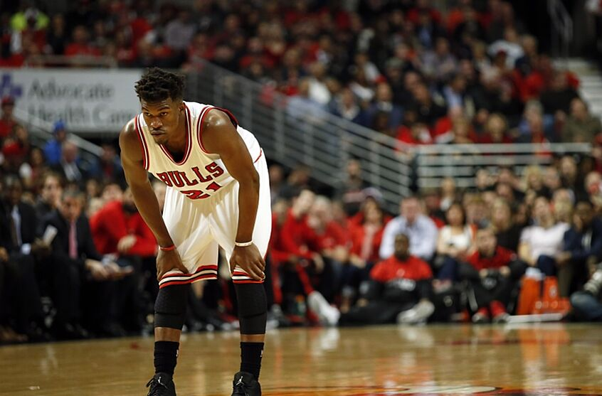 abac6a19afdd Jimmy Butler postpones free agency meetings after max offer