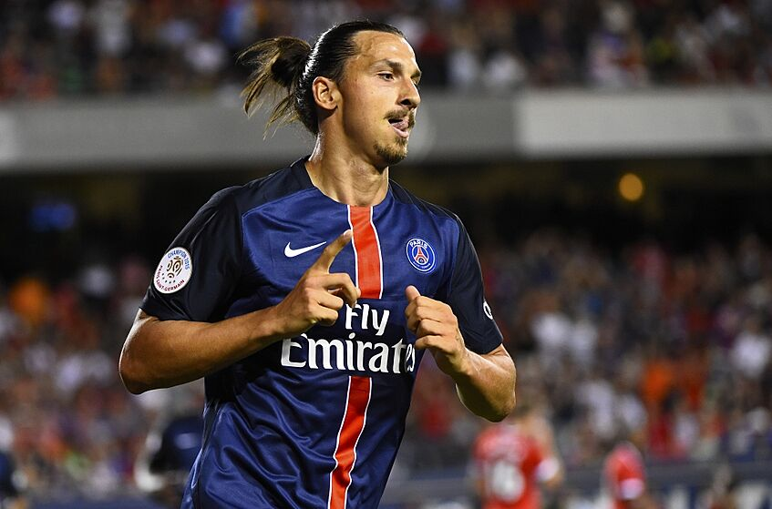 8e861ed98aa Manchester United should pass on Zlatan Ibrahimovic