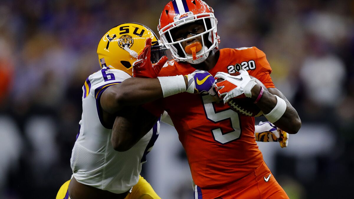 Broncos snag Clemson receiver in Bucky Brooks' mock draft