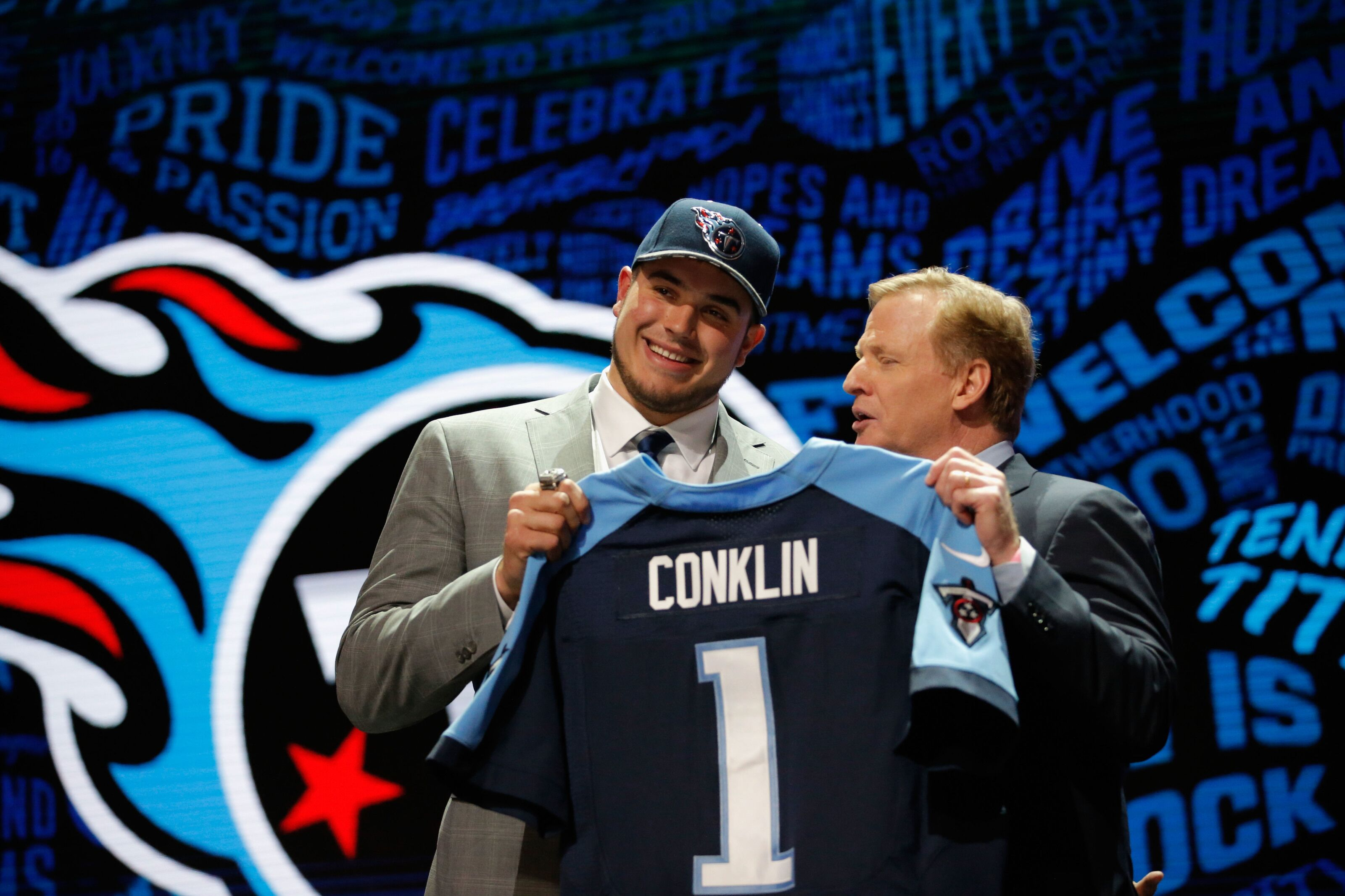 Jack Conklin would be solid addition to Arizona Cardinals