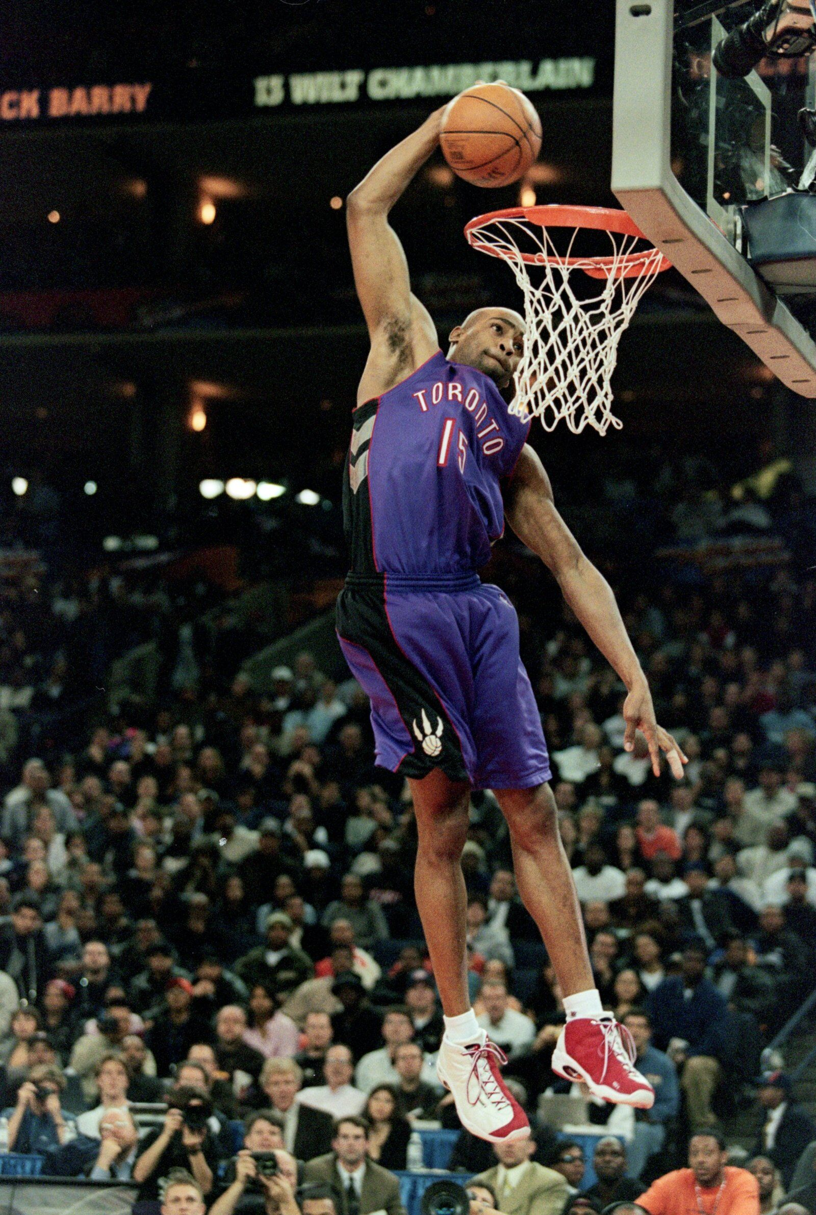 Vince Carter 15 Of The Toronto Raptors Jumps To Make The