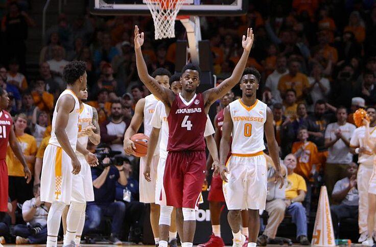 Arkansas Men's Basketball Gets a Huge SEC Road Win!