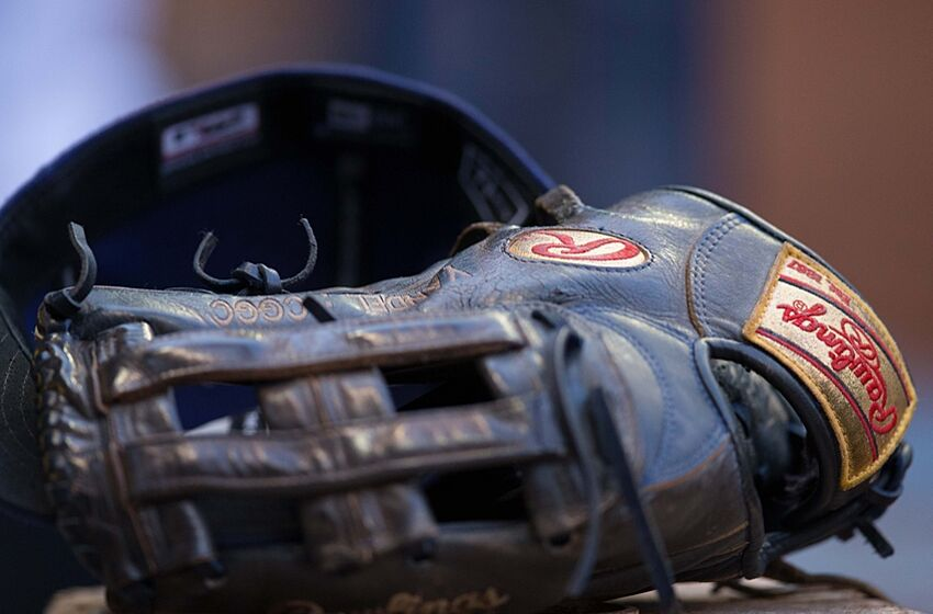 Jun 24, 2015; Milwaukee, WI, USA; A baseball glove rests on the bench during the game between the New York Mets and Milwaukee Brewers at Miller Park. Milwaukee won 4-1. Mandatory Credit: Jeff Hanisch-USA TODAY Sports