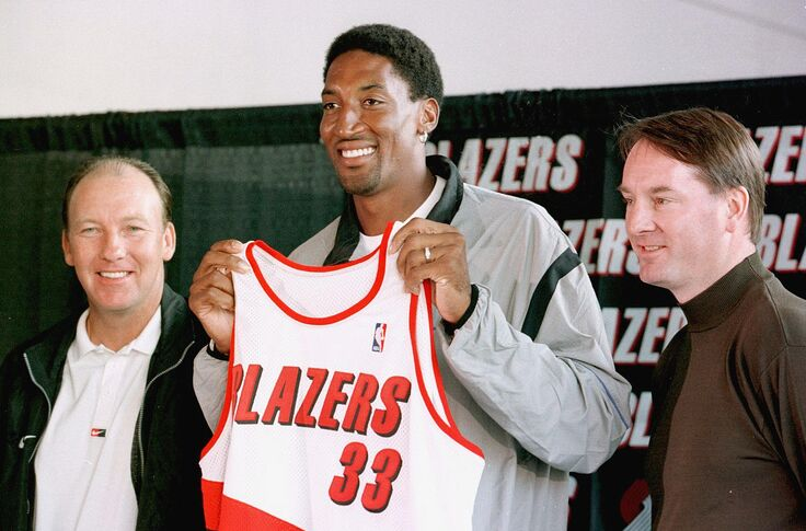 quality design e1f1b 45f4e Jason Quick: Ad patches being discussed for new Blazers jerseys