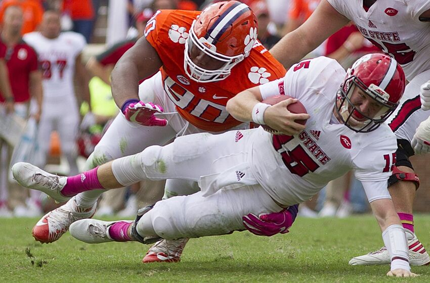Dexter Lawrence Clemson football freshman of the year