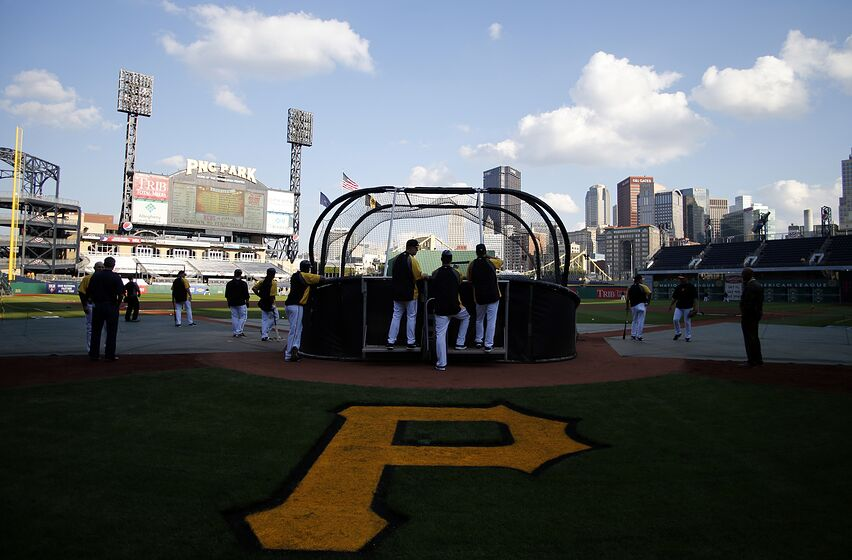 PITTSBURGH, PA - OCTOBER 01: A general view during batting practice before the National League Wild Card game at PNC Park October 1, 2013 in Pittsburgh, Pennsylvania. (Photo by Justin K. Aller/Getty Images)