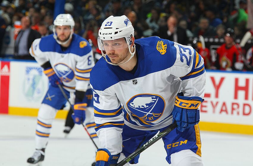 8ae19cb583a BUFFALO, NY - APRIL 4: Sam Reinhart #23 of the Buffalo Sabres prepares
