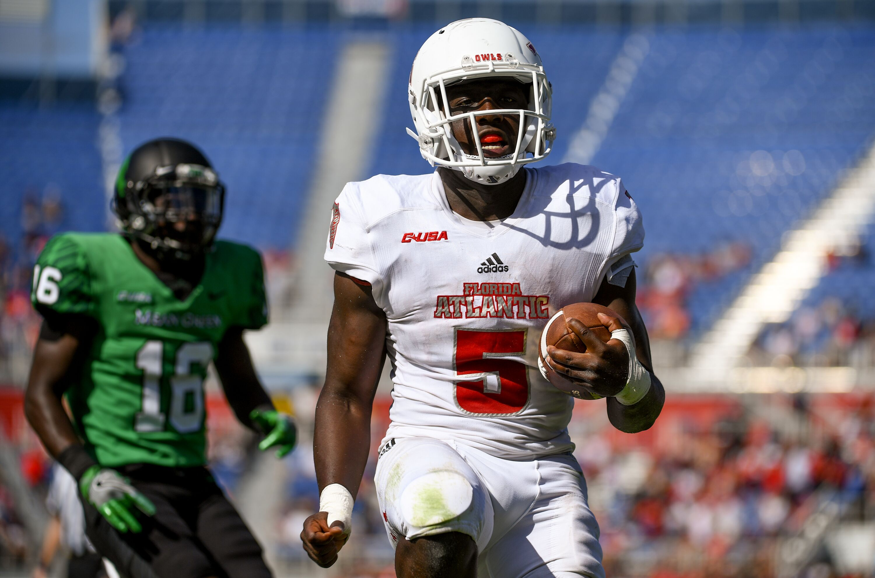 Boca Raton Bowl 2017 Officials Miss Obvious Targeting Call On Fau