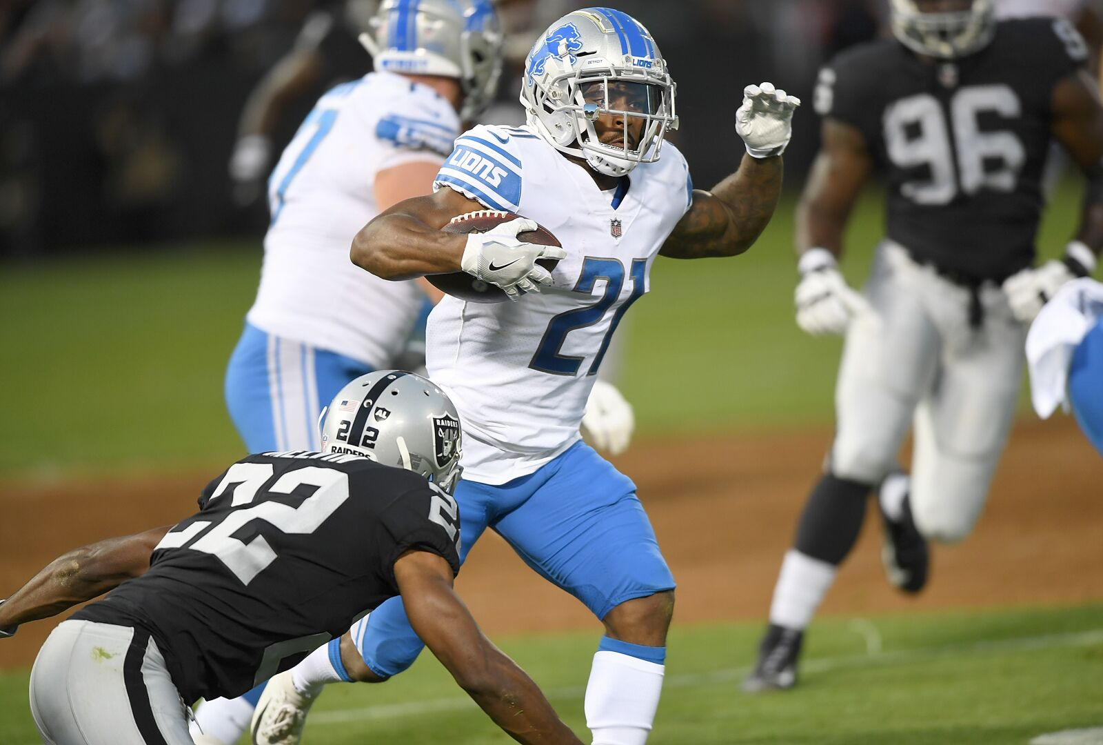 Detroit Lions: Two players to watch against the Giants