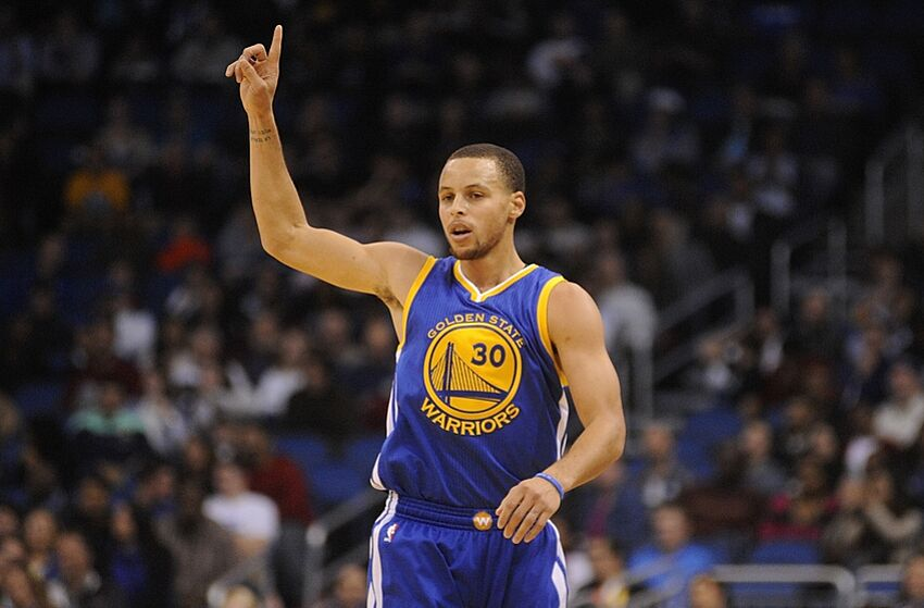 cc707cff2cfc NBA Rumors  Stephen Curry To The Hornets