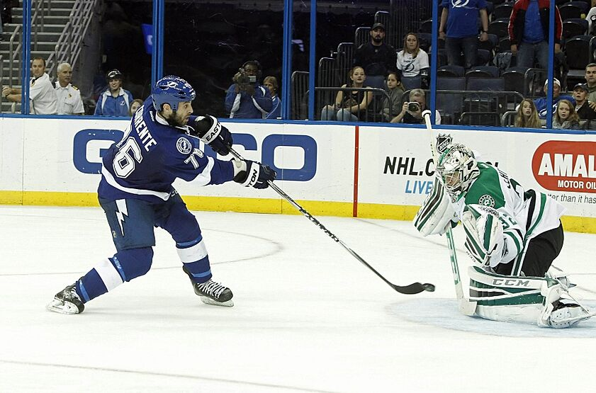 tampa bay lightning get second win of preseason skyway shout out