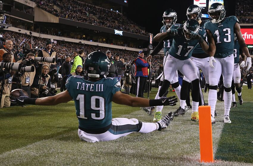 PHILADELPHIA, PA - DECEMBER 03: Wide receiver Golden Tate #19 of the Philadelphia Eagles celebrates with teammates after making a catch for a 2-point conversion against the Washington Redskins during the fourth quarter at Lincoln Financial Field on December 3, 2018 in Philadelphia, Pennsylvania. (Photo by Mitchell Leff/Getty Images)