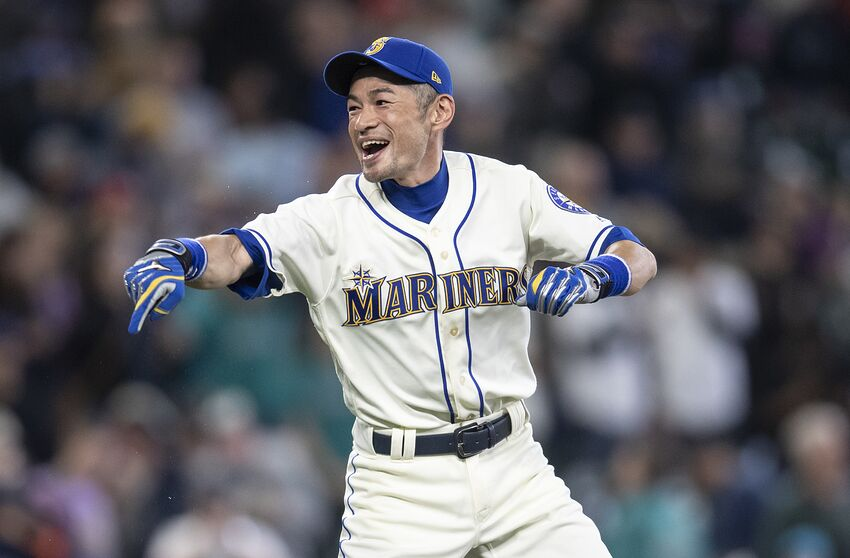 a4b18c3860 Seattle Mariners Want Ichiro Suzuki On Roster for Japanese Series