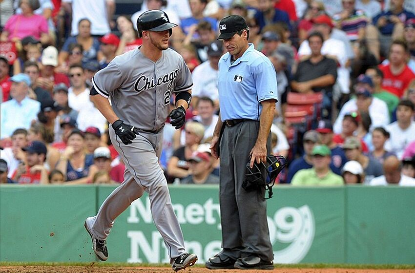 Tyler Flowers is the Chicago White Sox starting catcher by default