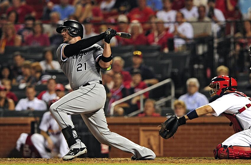 Tyler Flowers sends Chicago White Sox to rare win