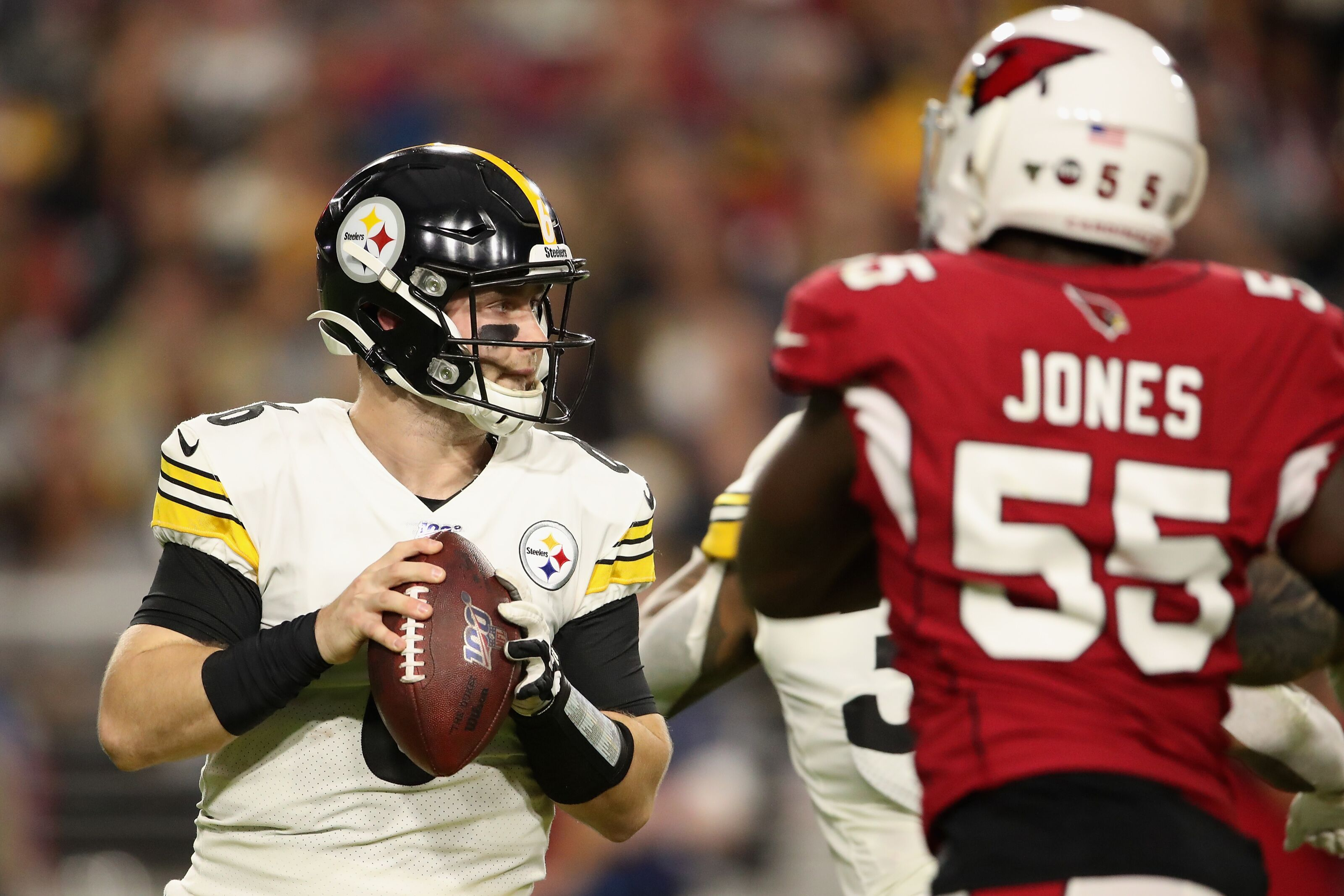 Steelers hold the Cardinals for their 8th win of the season