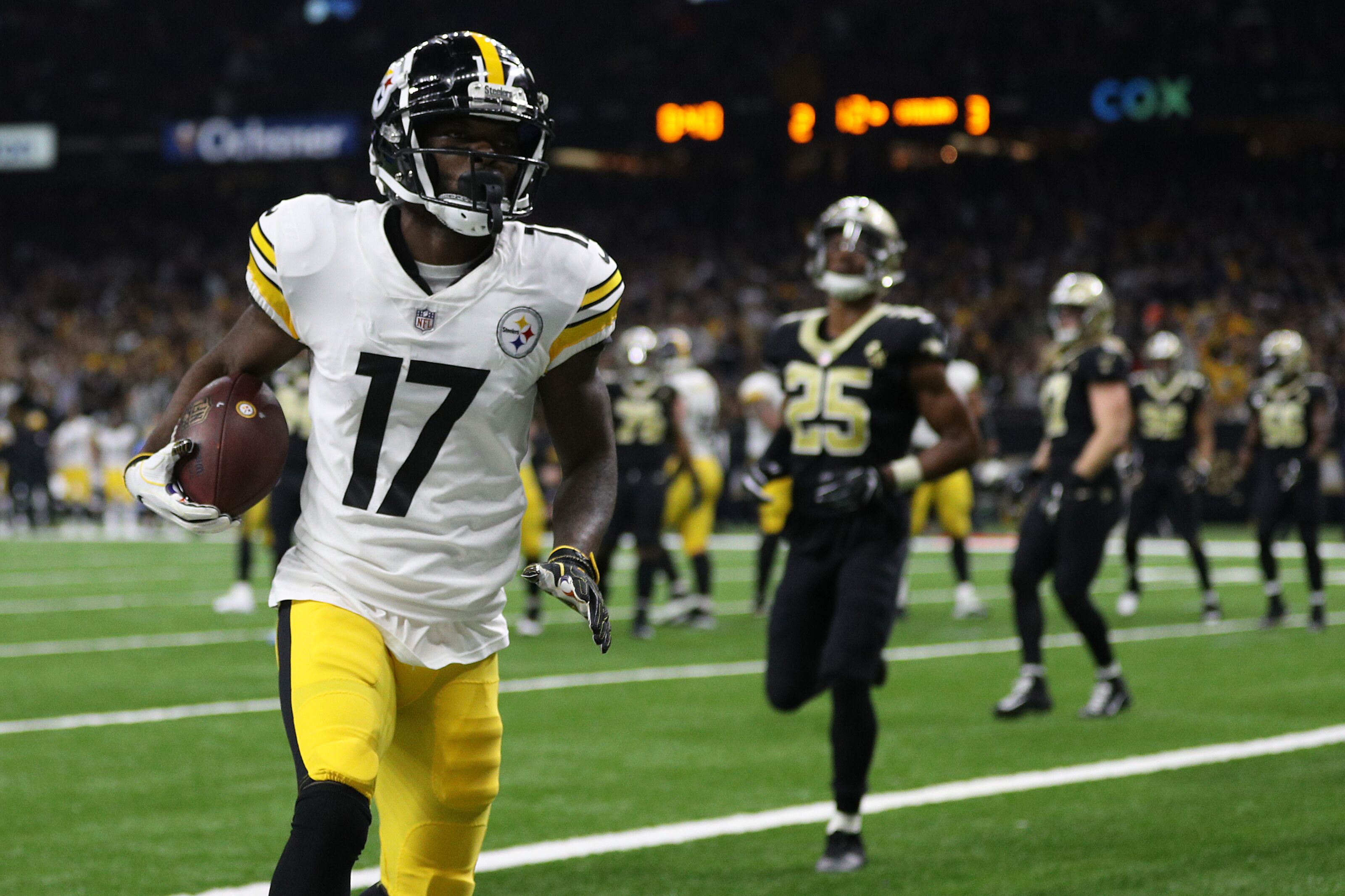 Pittsburgh Steelers: 3 players who need to be resigned in 2019