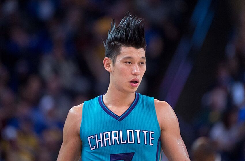 Jeremy lins versatility is paying off for the charlotte hornets january 4 2016 oakland ca usa charlotte hornets guard jeremy lin m4hsunfo Choice Image