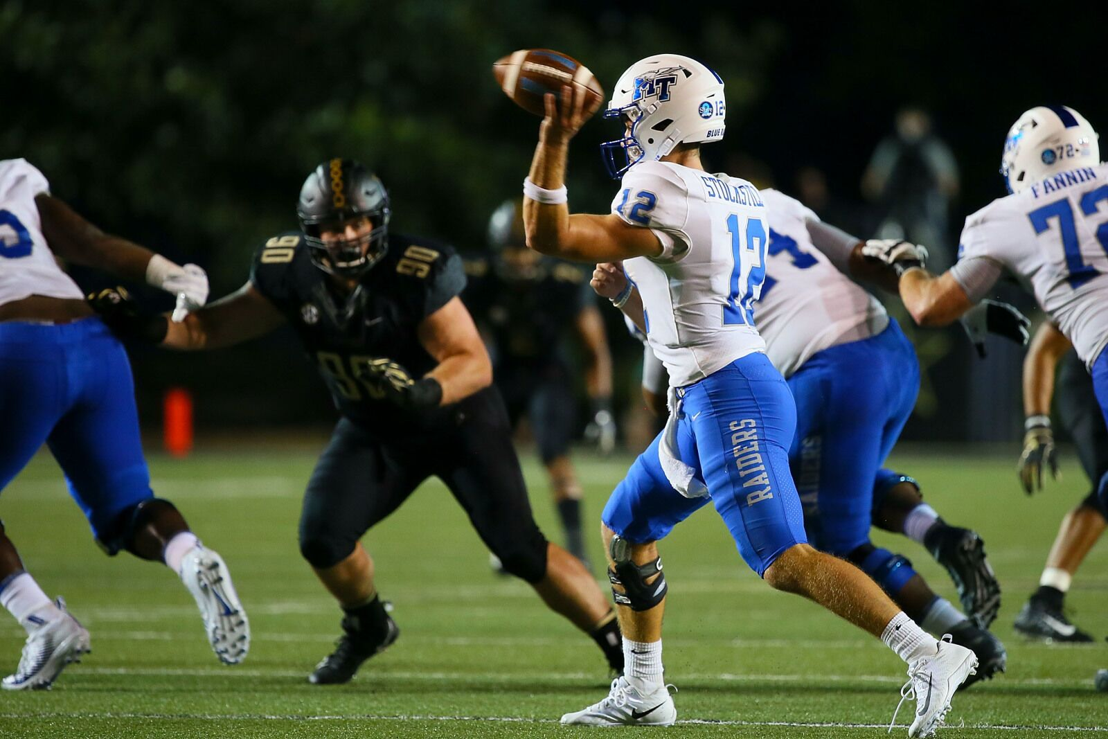 Mtsu Football Blue Raiders Look To Pick Up Another C Usa Win