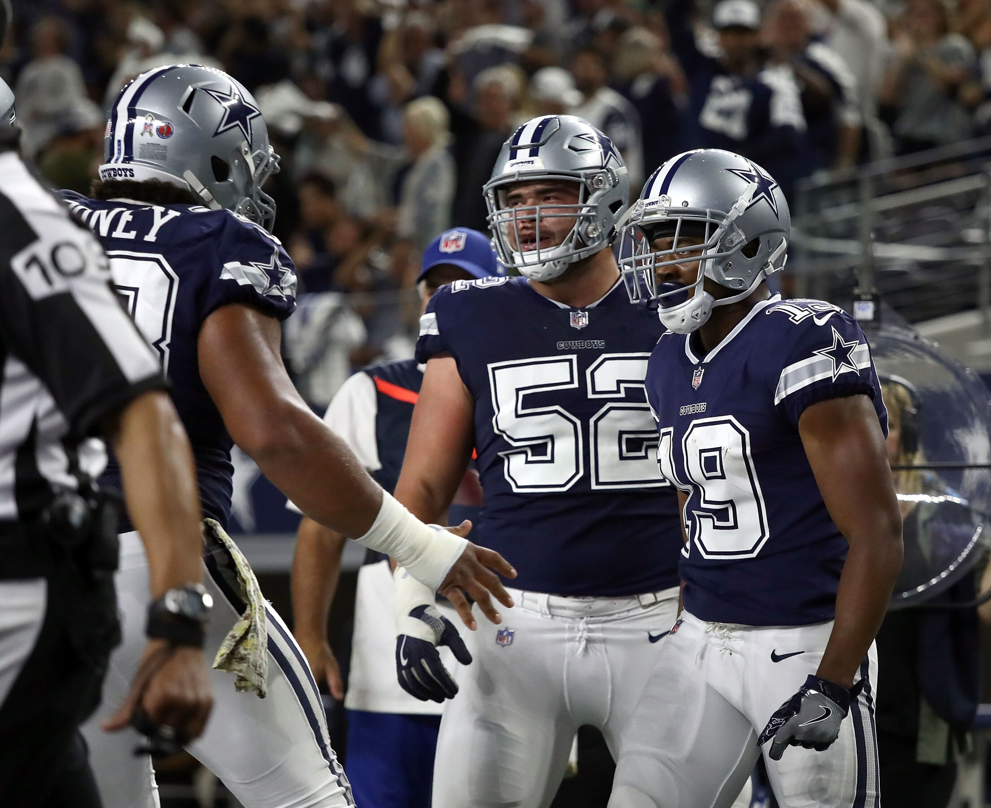 Dallas Cowboys working Connor Williams at tackle