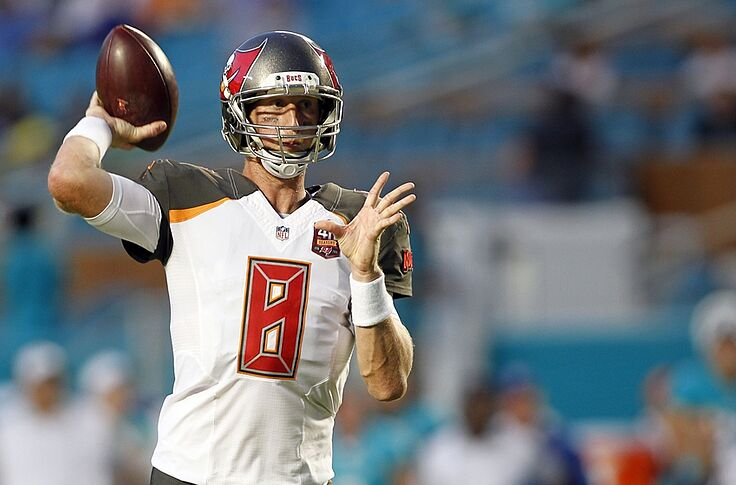 check out c9dd6 cd279 Buccaneers Must Trade Glennon...Now