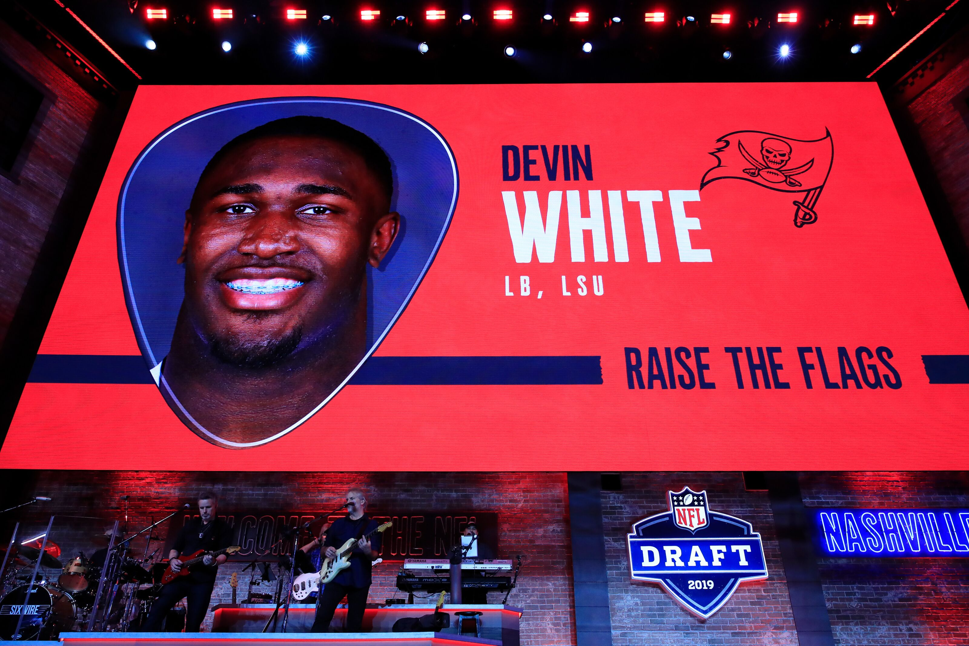 Tampa Bay Buccaneers: 3 reasons why Devin White will win DROY