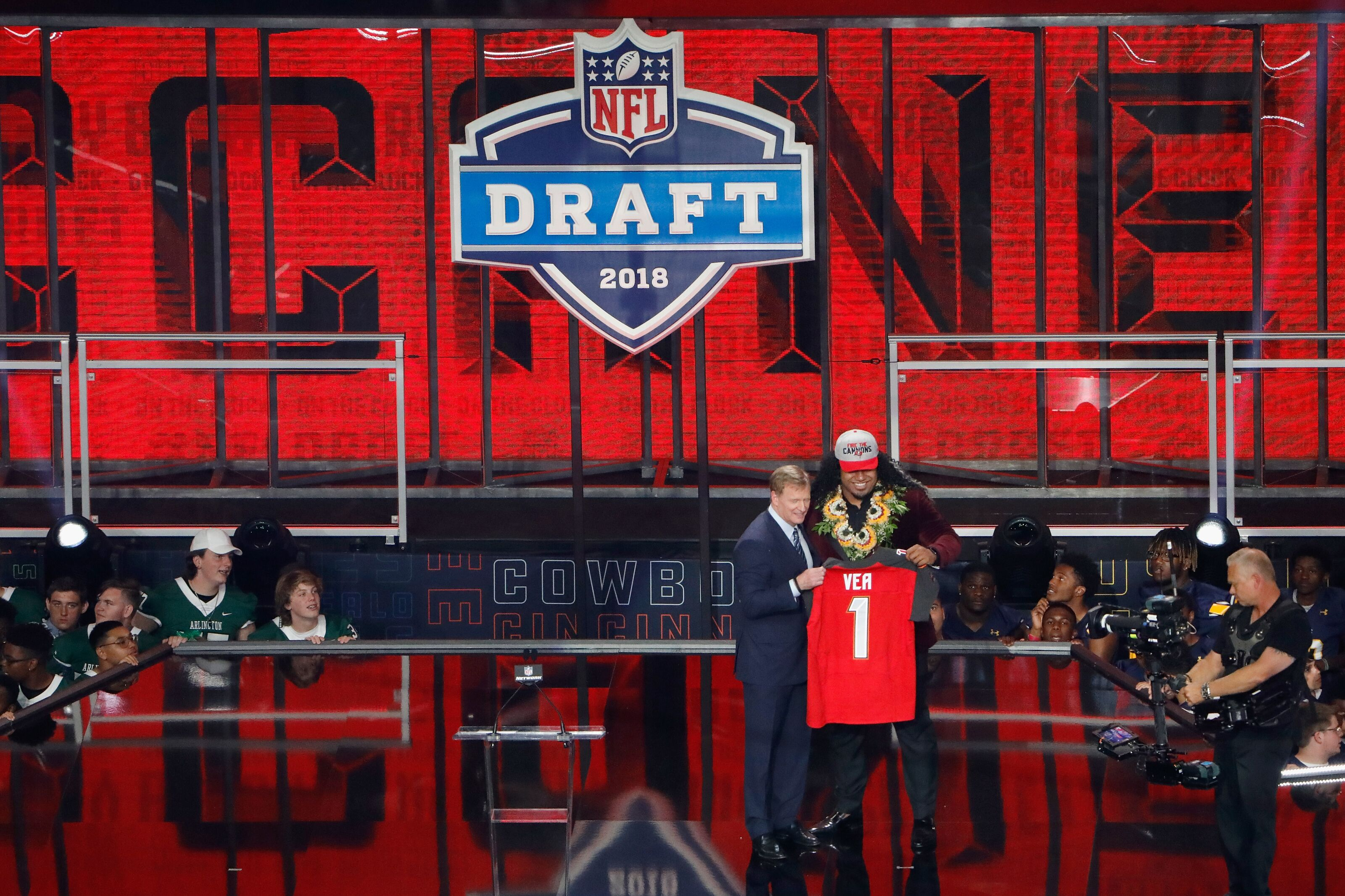 Buccaneers mock draft Monday after London loss to Panthers