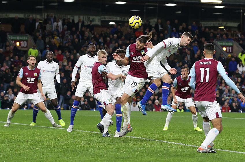 BURNLEY, ENGLAND - OCTOBER 26: Christian Pulisic of Chelsea scores his team's third goal during the Premier League match between Burnley FC and Chelsea FC at Turf Moor on October 26, 2019 in Burnley, United Kingdom. (Photo by Jan Kruger/Getty Images)