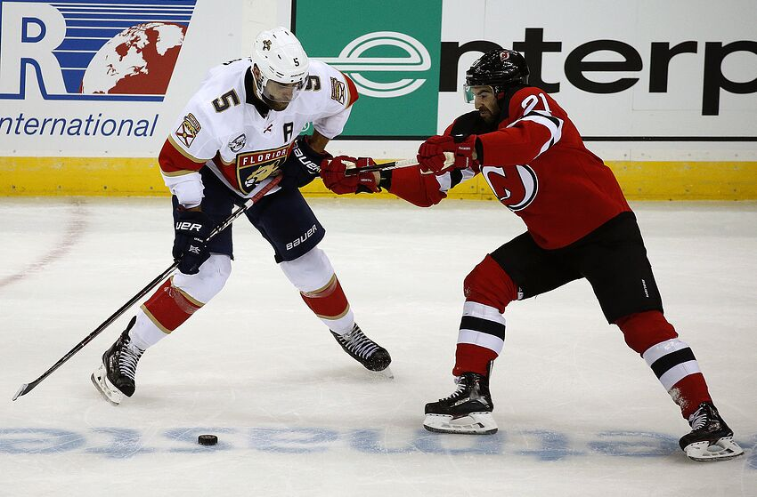 98a3fa26396 Florida Panthers  New Jersey Devils in Town to Extend Misery