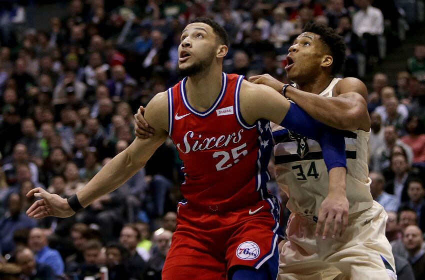 MILWAUKEE, WI - JANUARY 29: Ben Simmons #25 of the Philadelphia 76ers boxes out Giannis Antetokounmpo #34 of the Milwaukee Bucks in the second quarter at the Bradley Center on January 29, 2018 in Milwaukee, Wisconsin. NOTE TO USER: User expressly acknowledges and agrees that, by downloading and or using this photograph, User is consenting to the terms and conditions of the Getty Images License Agreement. (Photo by Dylan Buell/Getty Images)