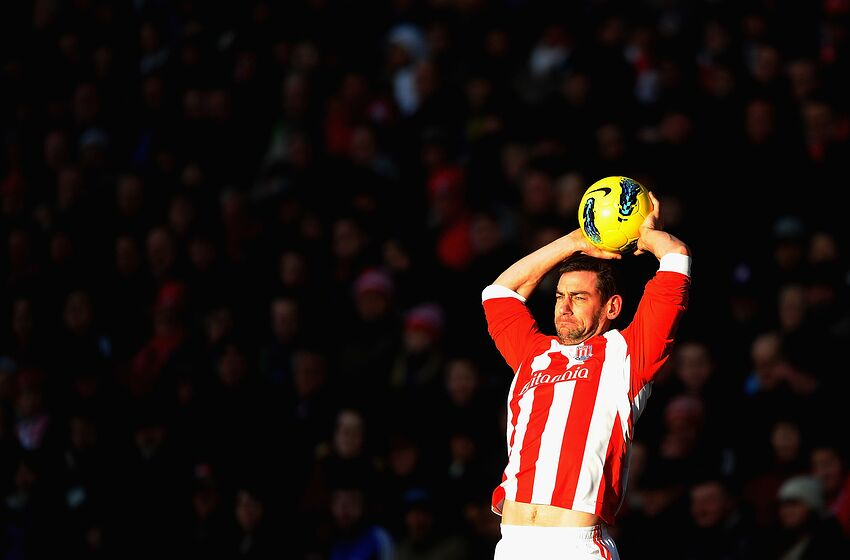 STOKE ON TRENT, ENGLAND - JANUARY 21: Rory Delap of Stoke City lines up a long throw during the Barclays Premier League match between Stoke City and West Bromwich Albion at Britannia Stadium on January 21, 2012 in Stoke on Trent, England. (Photo by Laurence Griffiths/Getty Images)