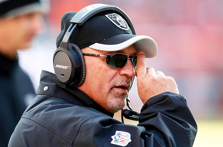 Minnesota Vikings offensive line learning from Sparano